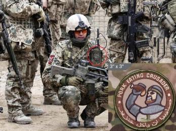 Publik gewordenes Foto eines deutschen Soldaten, der den Patch trägt.
